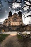 Chemin à l'église Photos libres de droits