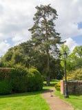 Chemin à une entrée sur le domaine de Sandringham, Norfolk Images libres de droits