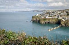 Chemin côtier autour de port Isaac près de quin les Cornouailles Angleterre R-U de port image libre de droits