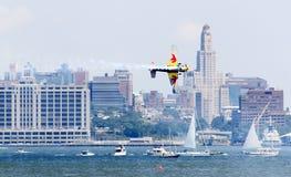 Chemin d'air de Red Bull au port de New York Image libre de droits