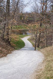 Chemin d'automne d'enroulement Photographie stock