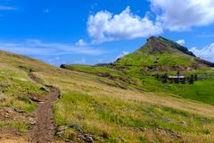 Chemin dans les collines Photographie stock