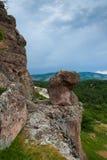 Chemin dans les roches Photo stock