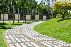Chemin dans un jardin tropical Photos libres de droits