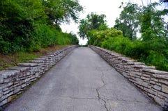 Chemin de colline pendant l'après-midi Image libre de droits