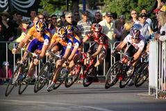 Chemin de cycle - excursion vers le bas dessous Image libre de droits