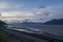 Chemin de fer d'ancrage au seward photo stock