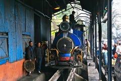 Chemin de fer de l'Himalaya de Darjeeling Image libre de droits