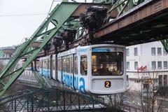 Chemin de fer de suspension de Wuppertal, Allemagne Image stock