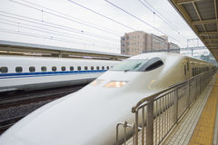 Chemin de fer du Japon à Tokyo, Japon Photos stock