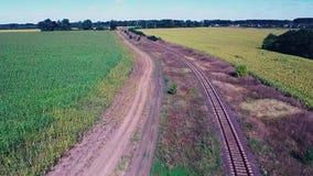 Chemin de fer entre les champs clips vidéos
