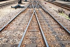 Chemin de fer pour les trains locaux pris de la vue de face Photos libres de droits