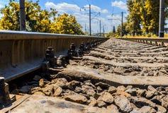 Chemin de fer s'étendant à l'horizon Image libre de droits