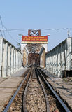 Chemin de fer sur le long pont de Bien photos libres de droits