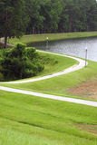 Chemin de marche autour du lac Image libre de droits