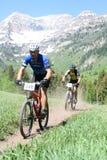 chemin de montagne de vélo photo stock