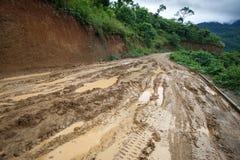Chemin de terre, Chin State, Myanmar Photographie stock