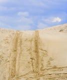 Chemin de terre de sable vers le haut Photographie stock libre de droits