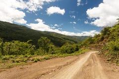 Chemin de terre en Chin State, Myanmar Photos libres de droits
