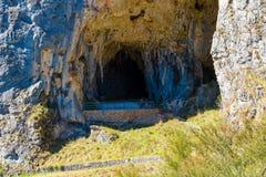 Chemin de trekking à Glory Cave du sud en parc national de Kosciuszko, NSW, Australie image libre de droits