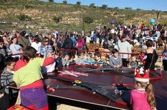 Chemin de voiture de course miniature pour des enfants Photo stock