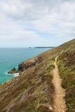 Chemin du sud de côte ouest au sud de Perranporth les Cornouailles du nord Angleterre R-U Photos stock