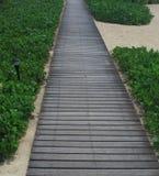 Chemin en bois en plage Photo libre de droits
