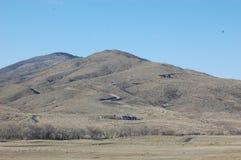 Chemin en montagnes Photographie stock libre de droits
