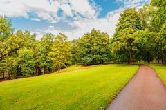 Chemin en parc Image libre de droits