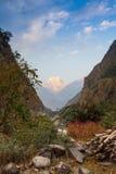 Chemin en pierre dans les montagnes Image stock