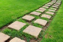 Chemin en pierre pavé en cailloutis Photographie stock libre de droits