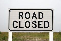 Chemin fermé de clip de signe de route Images stock