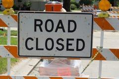 Chemin fermé de clip de signe de route Photo stock