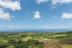 CHEMIN GRENIER, MAURITIUS - NOVEMBER 29, 2015: Vallee des Couleurs Landscape in Mauritius Nationaal Park Oceaan op achtergrond Stock Afbeeldingen