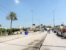 Chemin vers la grande mosquée de Koufa, Najaf, Irak photos libres de droits