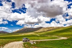 Chemin vers le lac Sheosar Photos libres de droits