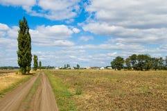 Chemin vers le village Image libre de droits