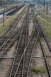 Chemins de fer sur la gare image libre de droits