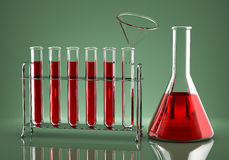 Chemische Dosierung der Droge Stockfotos