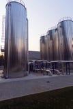 Chemische fabrieksinstallatie Stock Foto's