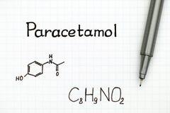 Chemische Formel des Paracetamols und des schwarzen Stiftes Lizenzfreie Stockfotografie