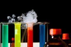 Chemische laboratoriumscène Stock Foto's