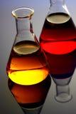 Chemische producten in glasfles Royalty-vrije Stock Afbeeldingen