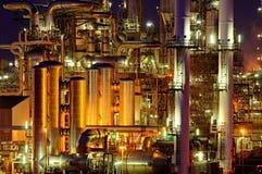 Chemische productiefaciliteit bij nacht Royalty-vrije Stock Foto