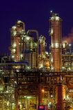 Chemische Produktionsanlage nachts Lizenzfreies Stockbild