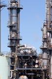 Chemische Raffinerie-Betriebsschornstein-Turm-Rohrleitung Stockfotografie