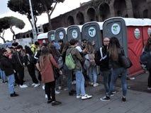 Chemische toiletten in Rome, Italië stock afbeeldingen