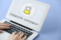 Chemisches Bildungs-Experiment-Formel-Konzept Lizenzfreie Stockfotos