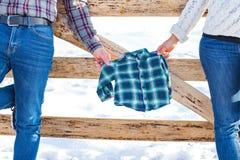 Chemise à carreaux pour le bébé garçon Image libre de droits