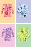 Chemise avec des fleurs Illustration Libre de Droits
